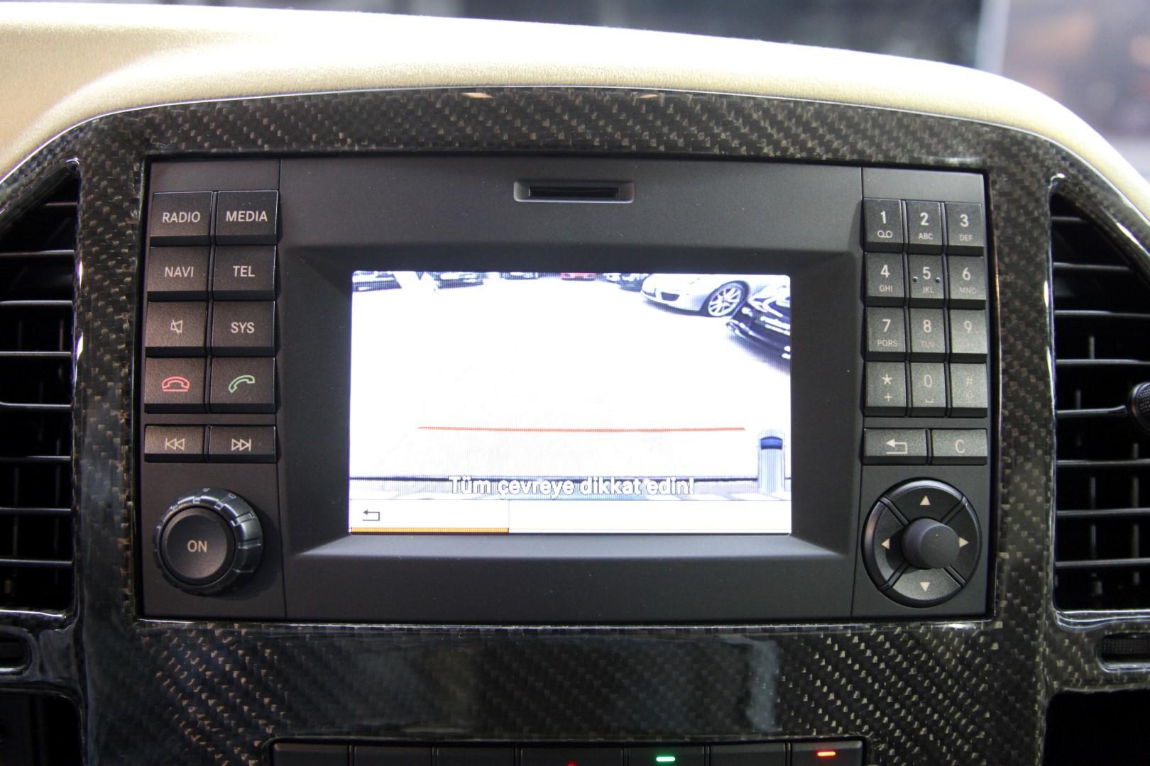 Mercedes benz vito 119 cdi for Mercedes benz call center