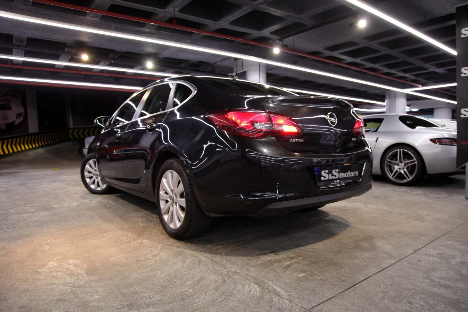 Opel Astra 1 6 Cdti Cosmo